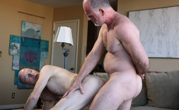hot-older-male-mature-gay-men-in-action