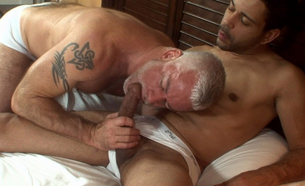 hot older male sucking a fresh cock