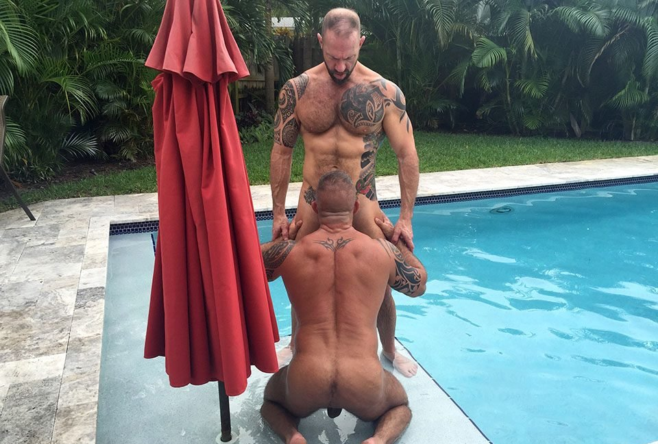 hot-older-male-real-couple
